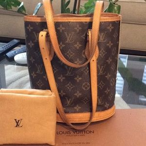 Authentic LV Bucket PM w Dustbag